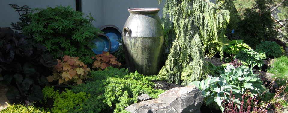 back-yard-blue-interior-pot-nook